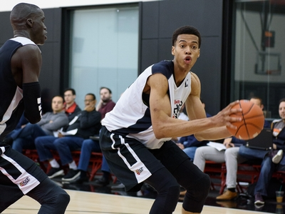 2015 Nike Hoop Summit One on One Drills: Skal Labissiere vs Thon Maker