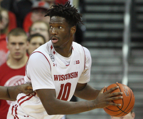 Nigel Hayes profile